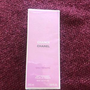 Chance Chanel EAU tendré body lotion